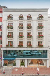 Hôtel Skalion 4*