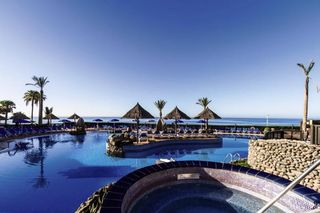 Hôtel BlueBay Beach Club 4*